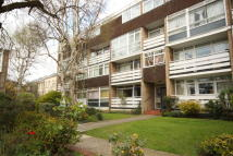 Flat in HIllview Road, Woking