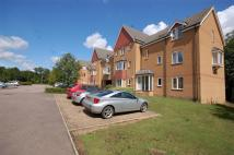 2 bedroom Flat in Redoubt Close, HITCHIN...