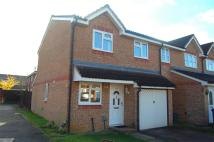 Stirling Close semi detached house to rent