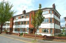 2 bed Flat in Garrison Court, HITCHIN...