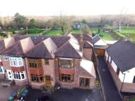 4 bedroom Detached property in Bretby Lane...