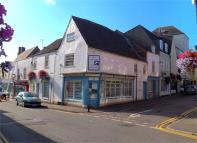 property to rent in Long Street, Wotton under Edge, Gloucestershire