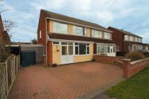 3 bedroom semi detached house in Barton Close...