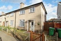 3 bedroom semi detached house in Harborough Close...