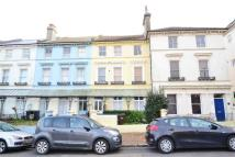 Apartment in Upperton Gardens...