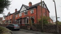 3 bedroom semi detached house to rent in Cottage Lane...