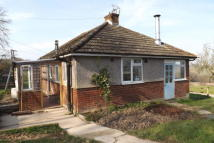 2 bed Bungalow in Heathfield Road, Burwash