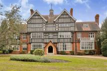 1 bedroom Flat to rent in Goddington Manor...