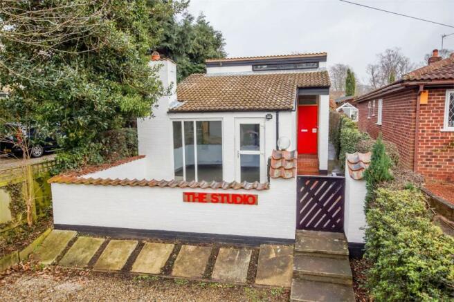 1 bedroom cottage for sale in St Giles Road Skelton York YO30