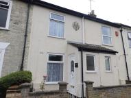 2 bed Terraced home in Lower Cliff Road...