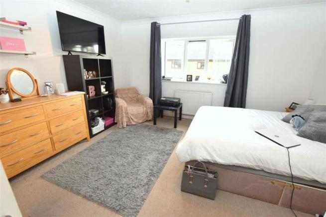 Bedroom two (L-shape):