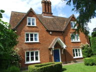 5 bedroom Detached property in Woburn Road, Lidlington...