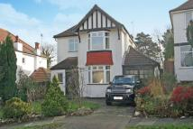 3 bedroom Detached house in Elm Grove, Orpington...