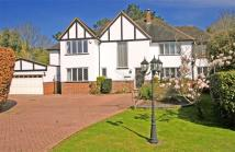 5 bed Detached home to rent in Oakwood Close...