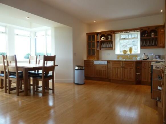 Townhead Lodge - Kitchen (Alternate View)
