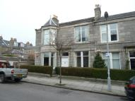 3 bed Flat in Whitehall Road...