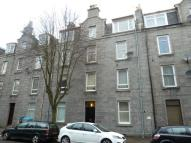 Flat to rent in Northfield Place...