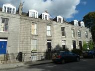 Flat to rent in Albert Street, Aberdeen...