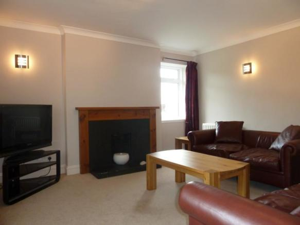 2 Airyhall Road - Lounge