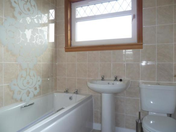 110 Newburgh Road - Bathroom