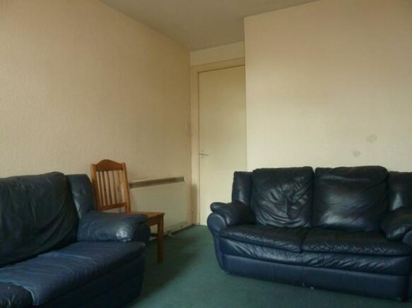 185 Rosemount Place - Lounge
