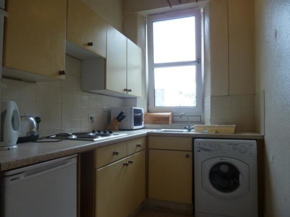 185 Rosemount Place - Kitchen