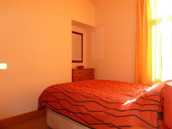 43 Wallfield Crescent - Bedroom
