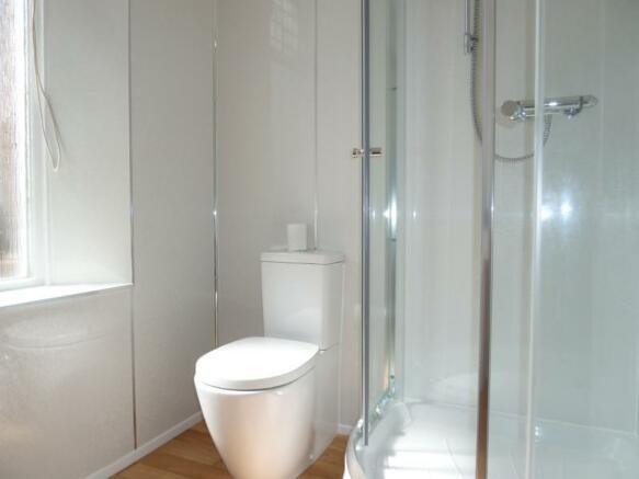 86 Hamilton Place - Shower Room