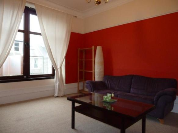 49 St Swithin Street, 1st Right - Lounge