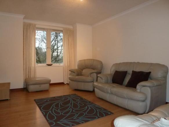 3 Caroline Apartments - Lounge