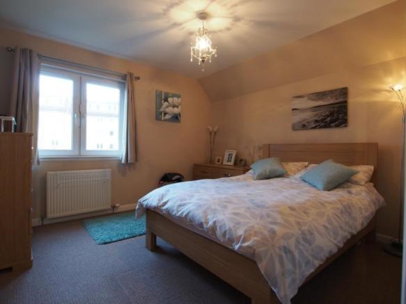 341 Links Road - Bedroom2