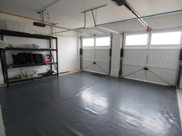 Garage(2)