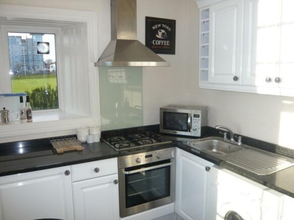 89 Queens Road, Flat 4 - Kitchen