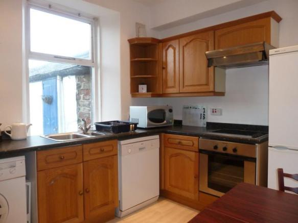 4 Holburn Road, Ground Floor - Kitchen
