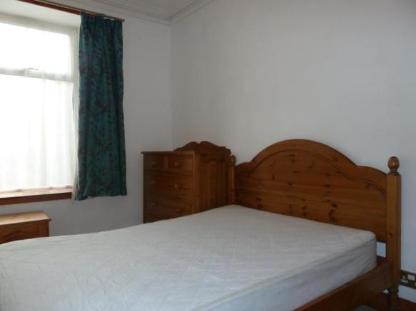 4 Holburn Road, Ground Floor - Bedroom