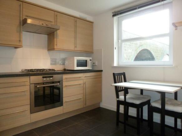 176c South College Street - Kitchen