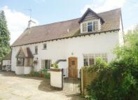 4 bedroom Detached house in Brooklands Lane...