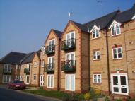 Flat to rent in Hummer Road, Egham...