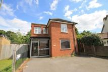 2 bedroom Flat to rent in Limes Road, Egham...