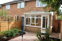 2 bedroom house to rent in Wesley Drive, Egham, TW20