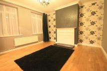 3 bed Terraced property in Sandhills Lane...