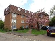Flat in Lambs Close, Cuffley