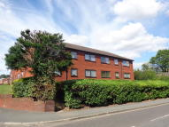 2 bedroom Ground Flat to rent in TOLMERS ROAD, CUFFLEY