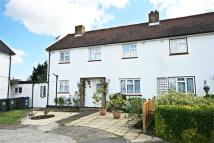3 bed semi detached property in Mansfield, High Wych...