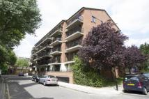 2 bed Flat in Fletcher Street, London...