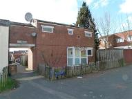 4 bedroom semi detached house to rent in Ribble Court, Andover