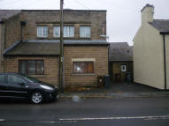 Ground Flat to rent in Manchester Road...