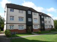 2 bedroom Flat to rent in Thornborough Avenue...