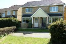 3 bed semi detached property in Hawthorn Close, Halstead...