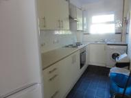 Flat to rent in Richmond Road, Gillingham